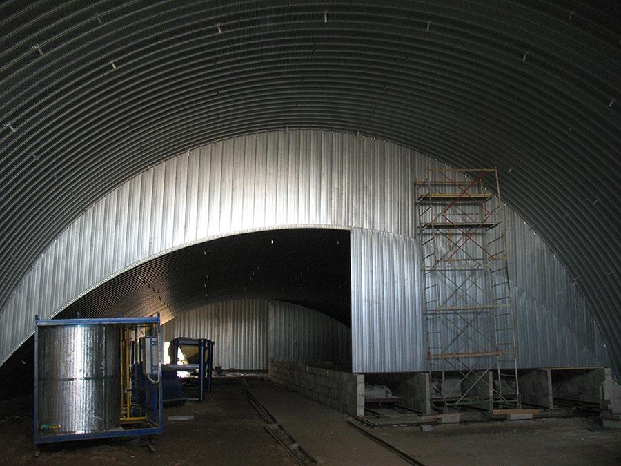 Фото быстровозводимого производственного здания из двух ангаров